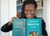 A saga de uma haitiana com deficiência visual no Brasil 172-x-122