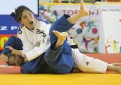 Parapan - Karla Kardoso, campeã na categoria até 48kg 172-x-122