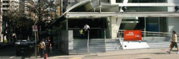 A sede do Itaú Cultural, na Avenida Paulista, é acessível para pessoas com deficiência física, visual, auditiva e intelectual. 368-x-122