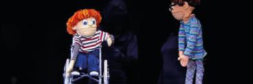 Peça de teatro de boneco trata do tema da inclusão 368-x-122