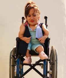 Moda inclusiva busca criar roupas voltadas para necessidades específicas - Divulgação